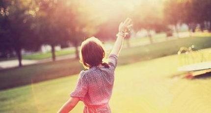 【旧日时光】你都如何回忆我,带着笑,或是很沉默