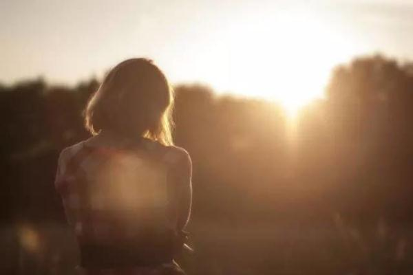 【夜听】爱,是最好的疗伤