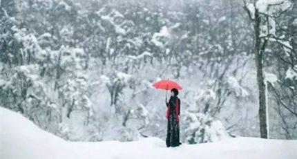 深冬,轻启岁月的门扉