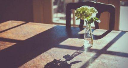 一生很短,少有圆满,如若不得,放弃也可
