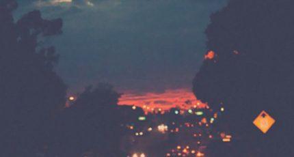 我想陪你度过所有孤独的夜晚