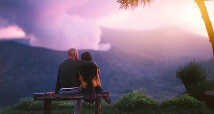 在亲密关系中,应该如何向对方提出要求?