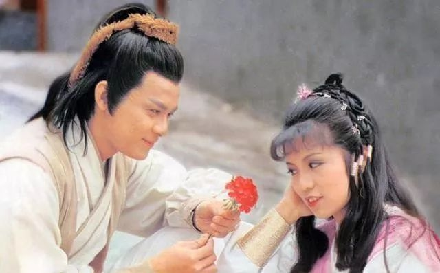 乔峰&阿朱:真正爱你的人,舍不得让你受委屈
