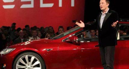 《新闻酸菜馆》第345期:从特斯拉降价聊聊电动汽车值不值得买