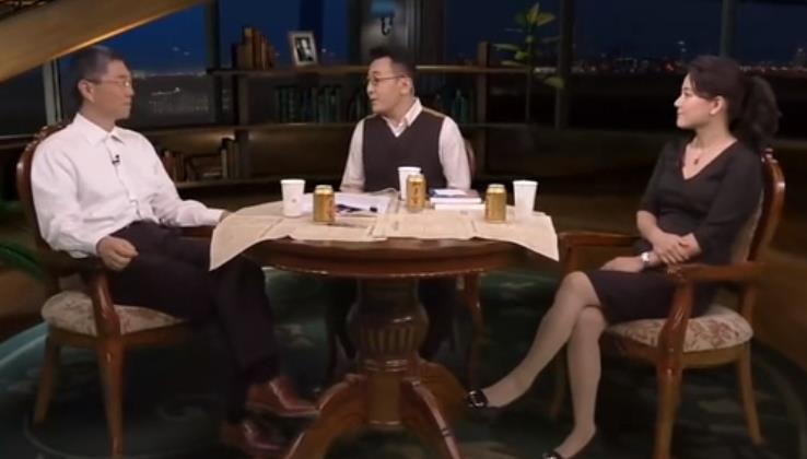 吴军、李菁《锵锵三人行》:孩子高中时去美留学相较大学时去好些