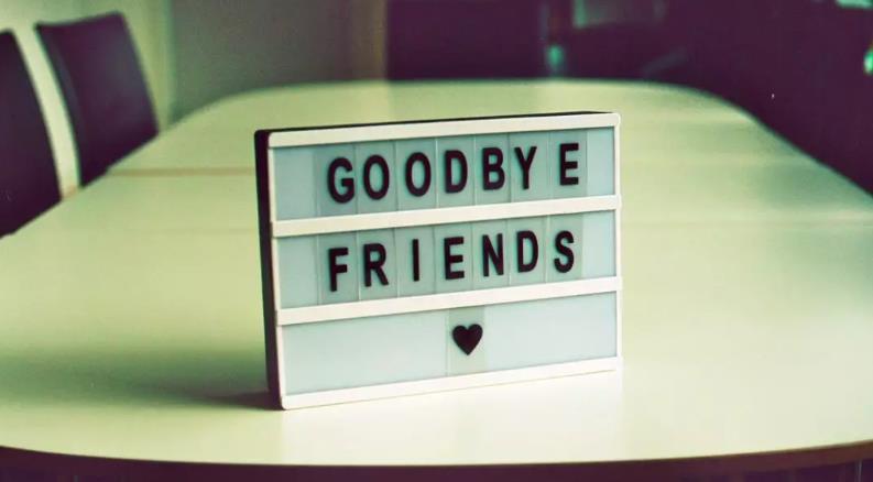 再见的英文怎么写?原来英语母语者几乎不说goodbye?